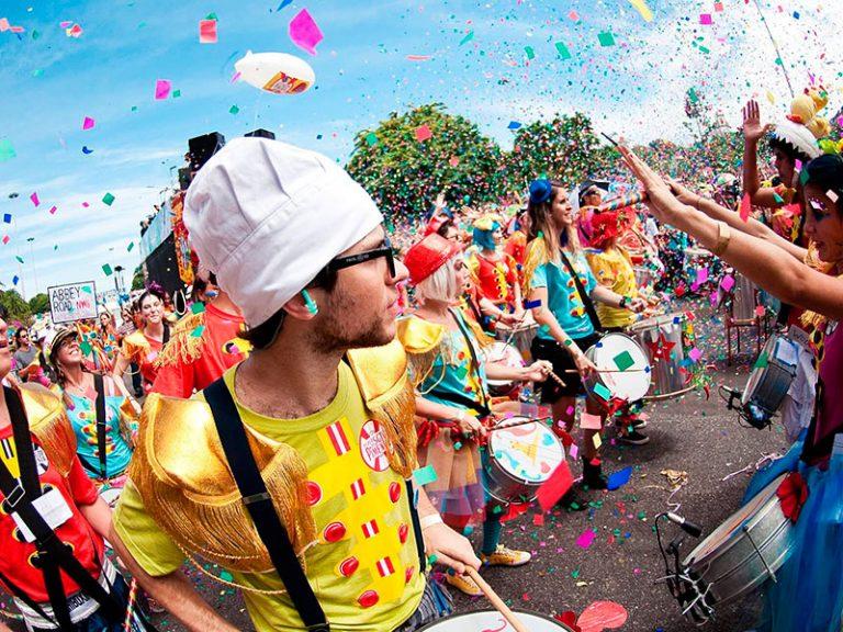 Descubra 7 cidades brasileiras para passar o Carnaval