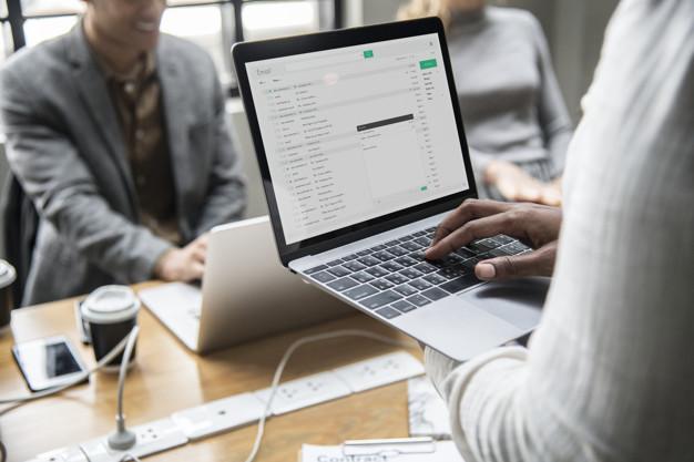 Dicas para responder e-mails de negócios em espanhol